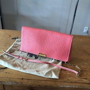Pink Burberry Wrinkle Leather Shoulder Bag